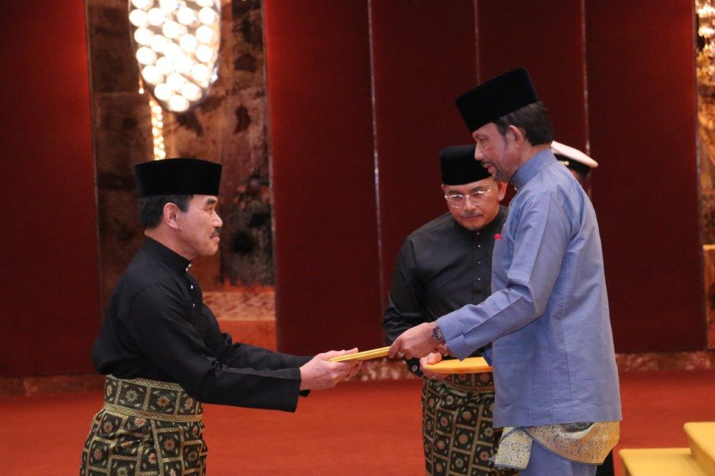 18 September 2019 - HIS MAJESTY THE SULTAN AND YANG DI-PERTUAN OF BRUNEI DARUSSALAM PRESENTS AND RECEIVES LETTERS OF CREDENCE FOR NEWLY-APPOINTED ENVOYS
