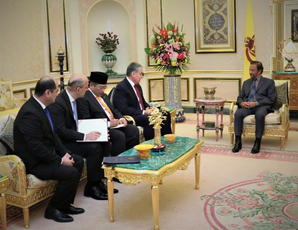 10 February 2020 - HIS MAJESTY THE SULTAN AND YANG DI-PERTUAN OF BRUNEI DARUSSALAM RECEIVES IN AUDIENCE HIS EXCELLENCY THE MINISTER OF FOREIGN AFFAIRS OF THE REPUBLIC OF TAJIKISTAN